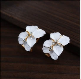 M33 Floral earrings