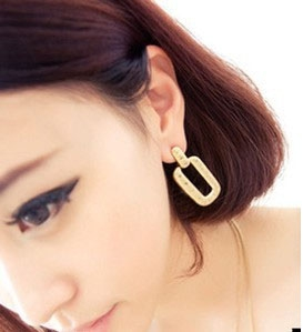 M43 Stylish Earrings