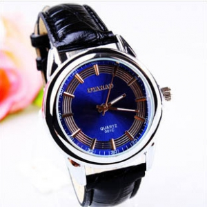 163363 Casual leather watch