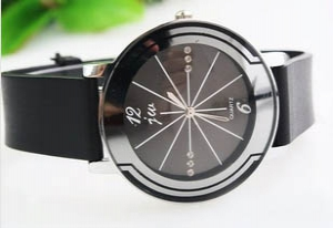 133545 Casual leather watch
