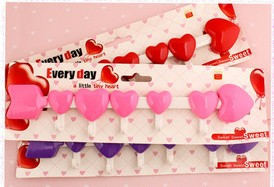 Heart-shape wall hooks