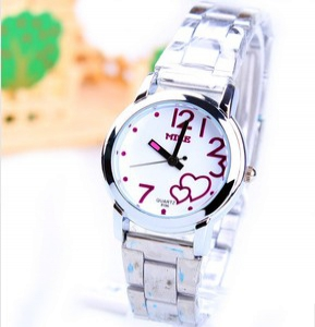 165485 Trendy causal watch