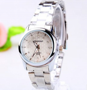 164376 Casual steel watch