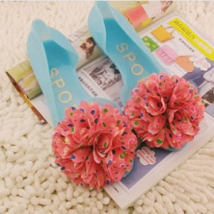 Jelly shoes with flower