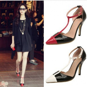T-straps 2 Tone pointed heels