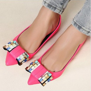 Pointed wedges shoes with bow