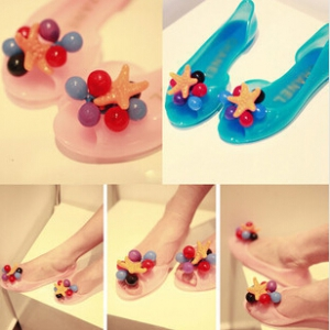 Jelly shoes with grapes