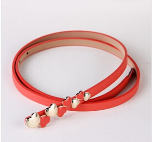 Trendy heart-shaped leather belt