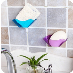 Colorful draining shelf   random design