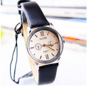 162723 Simple design Leather watch