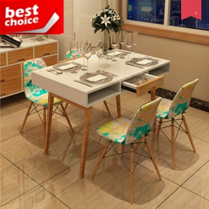 Dining table & four chairs (1.2M)